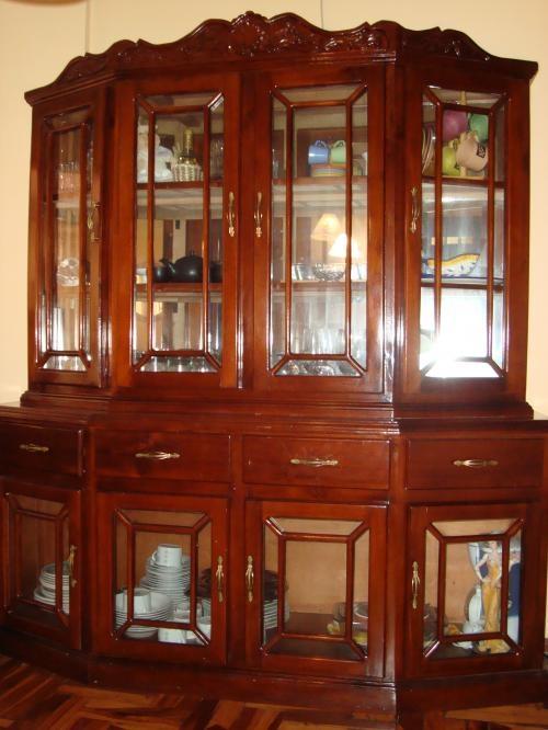 Aparador, comedor y armario casi nuevos en Pichincha - Muebles | 22418.