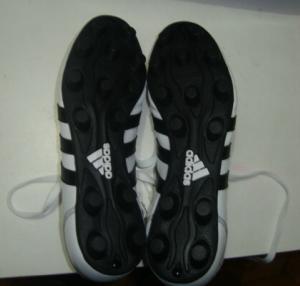 Zapatos De Futbol Quito