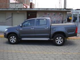 NO PIERDA ESTO CAMIONETA TOYOTA HILUX C/D 2009 en Tungurahua - 64033