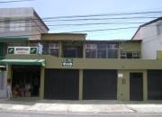 Vendo casa rentera (Quito-Jipijapa) 3 dtos. 2 locales $185.000 llamar 094 209 655
