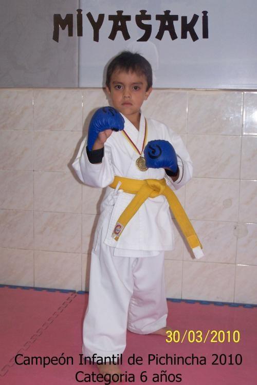 Clases de karate - curso permanente - karate infantil quito