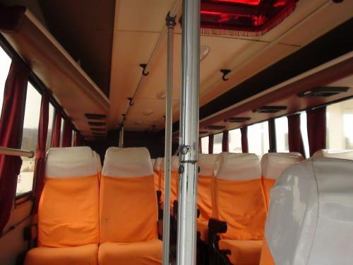 Se vende bus hino con puesto en riobamba ecuador