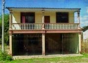 Casa de dos plantas en la Playa de Crucita-Manabí