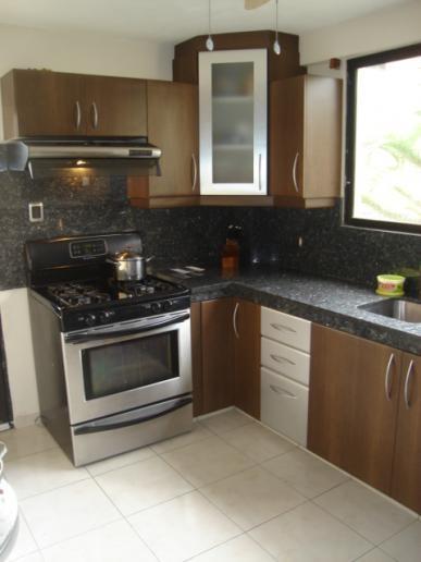 Venta de muebles para cocina en guayaquil for Anaqueles de cocina modernos
