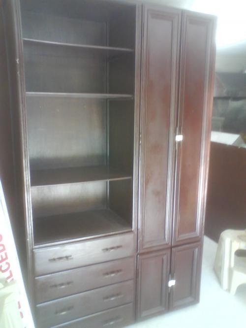Vendo mueble armario estilo closet en Pichincha, Ecuador  Muebles