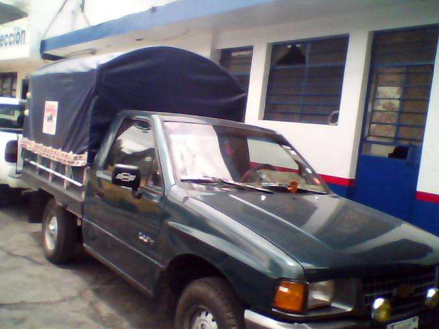 flamante camioneta chevrolet luv año 94 - Quito, Ecuador - Camionetas