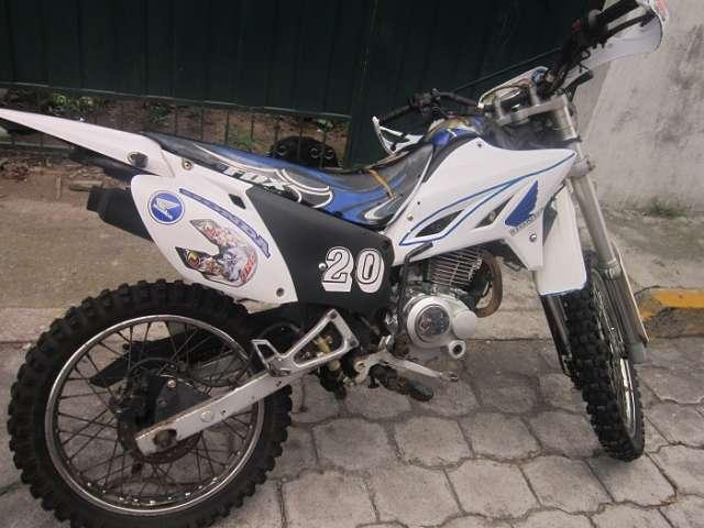 Fotos de Moto qmc  enduro 200cc con papeles en regla. 3