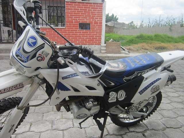 Fotos de Moto qmc  enduro 200cc con papeles en regla. 1