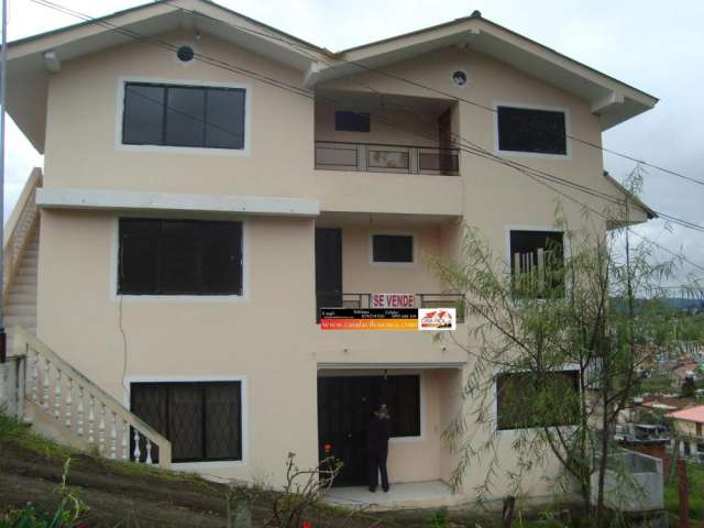Casas de venta en cuenca ecuador inmobiliaria bienes for Departamentos 3 pisos