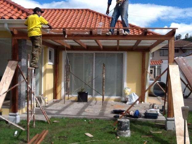 27 original techos de pergolas for Garajes con techos policarbonato