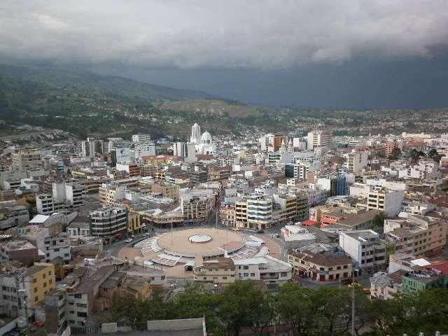 Imagenes De Baños Ambato:Fotos de Jettours servicio puerta a puerta ambato – quito – en Ambato
