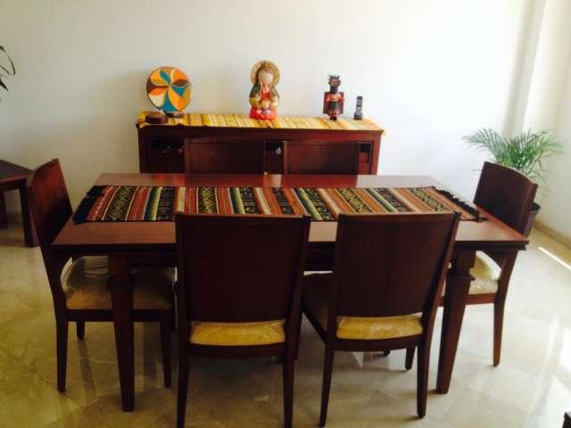 Comedor y bufetera de colineal en Guayaquil, Ecuador  Muebles