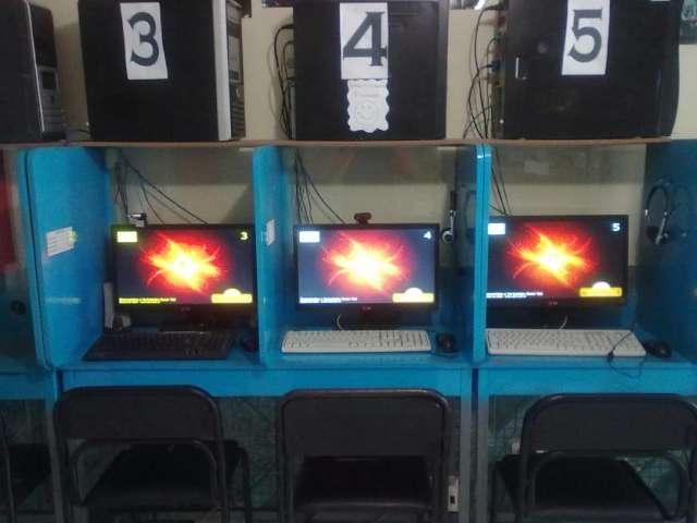Oferta cyber bazar cabinas en Quito, Ecuador  Otros Servicios