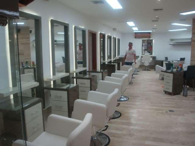 Muebles para peluquerias y salas de belleza en Quito, Ecuador  Otros