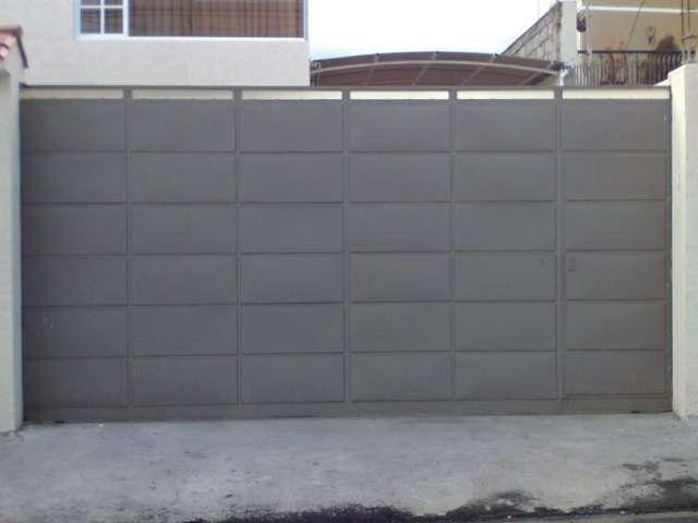 En el garage de autoblog fiat strada adventure 3 puertas - Puertas para garage ...