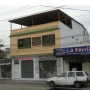 Se alquila local comercial en sauces 2.