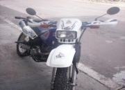 VENDO MOTO DR200cc