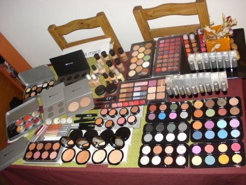 Maquillaje profesional cursos, etc.