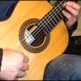 Excelente curso de guitarra en video