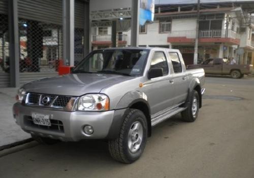 2004 Nissan Frontier Ax Doble Cabina 4x4 M T U S 8 500 En