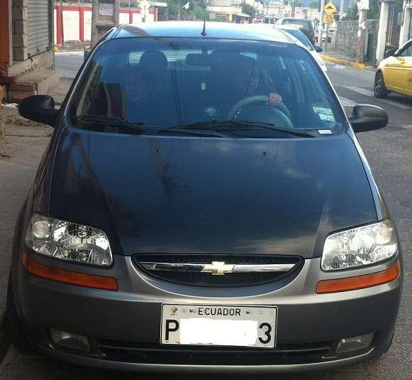 Vendo Aveo Family 2012 Full Equipo A Toda Prueba En Quito Autos