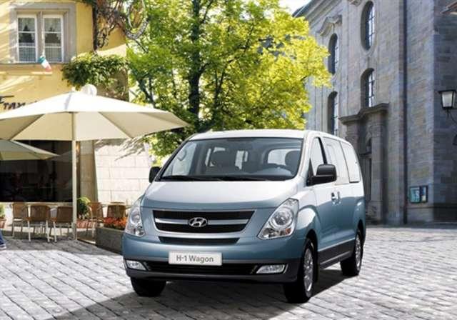 Alquier de furgonetas hyundai h1 modelo 2013 con aire acondicionado
