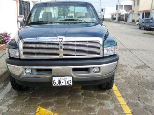 Vendo dodge ram laramy 1500 4x4 1995