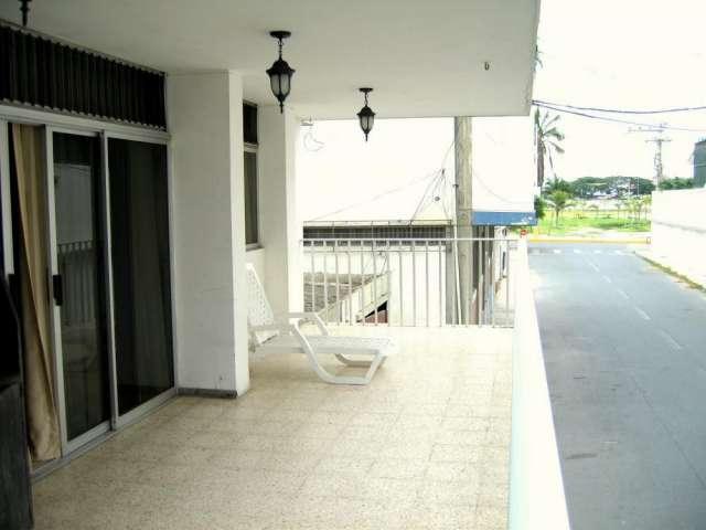 Salinas malecon apartamento full amoblado con wifi