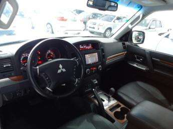 Fotos de Mitsubishi /  pajero hpe full 3.8 v6 250cv 3p 4