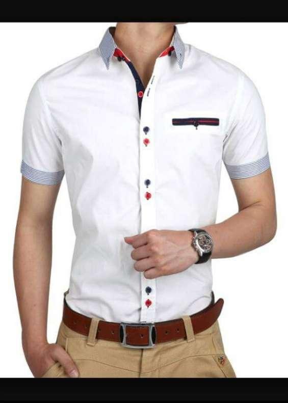 f9072b60 Vendo ropa de hombre al por mayor & menor en Machala - Ropa y ...