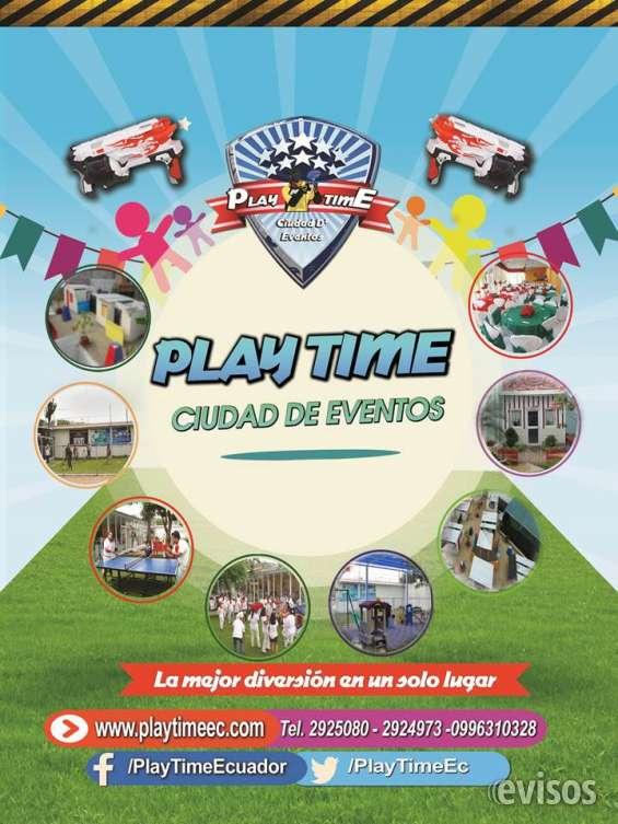 Salón de eventos diferentes ambientes al aire libre play time