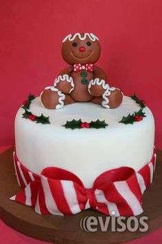 Torta navideña y decoración