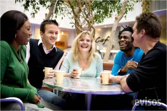Te ofrecemos clases conversacionales online o presencial. contáctanos!