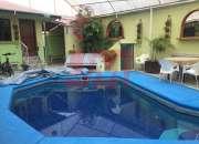 Casa con piscina sector la pampa