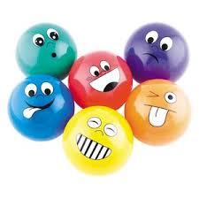 Varios tipos de pelotas antiestres disños varios