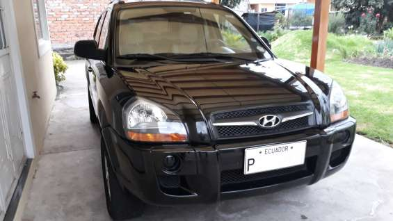 Vendo hyundai tucson 2.0 2009 color negro $17.000 negociables 0984619188