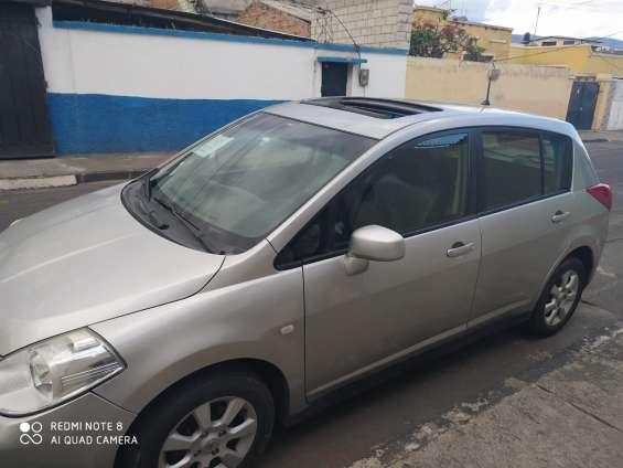 Se vende nissan tiida hatchback año 2007