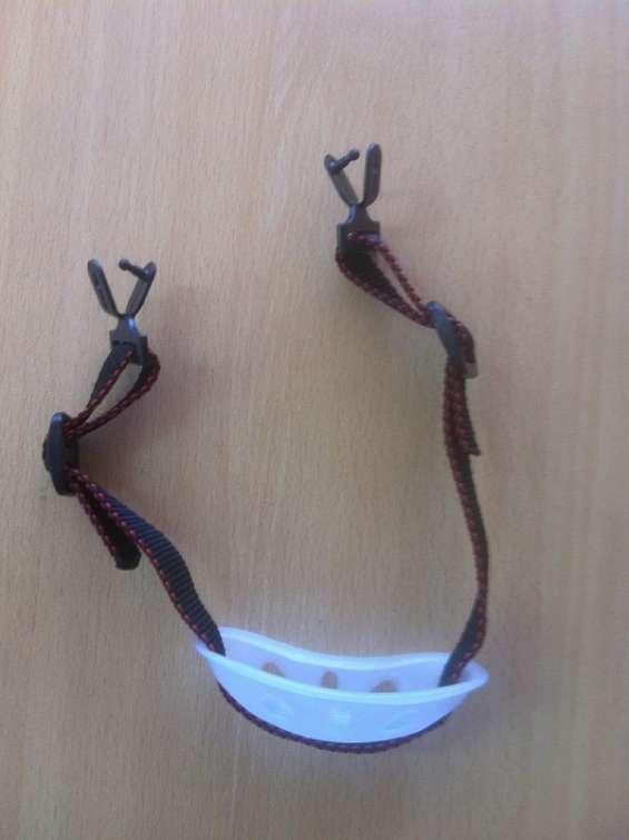 Barbiquejos o barbuquejos para casco universales de 2 y 3 puntos epps